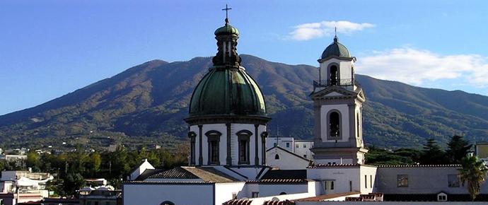 Sant'Anastasia + Santuario Madonna dell'Arco